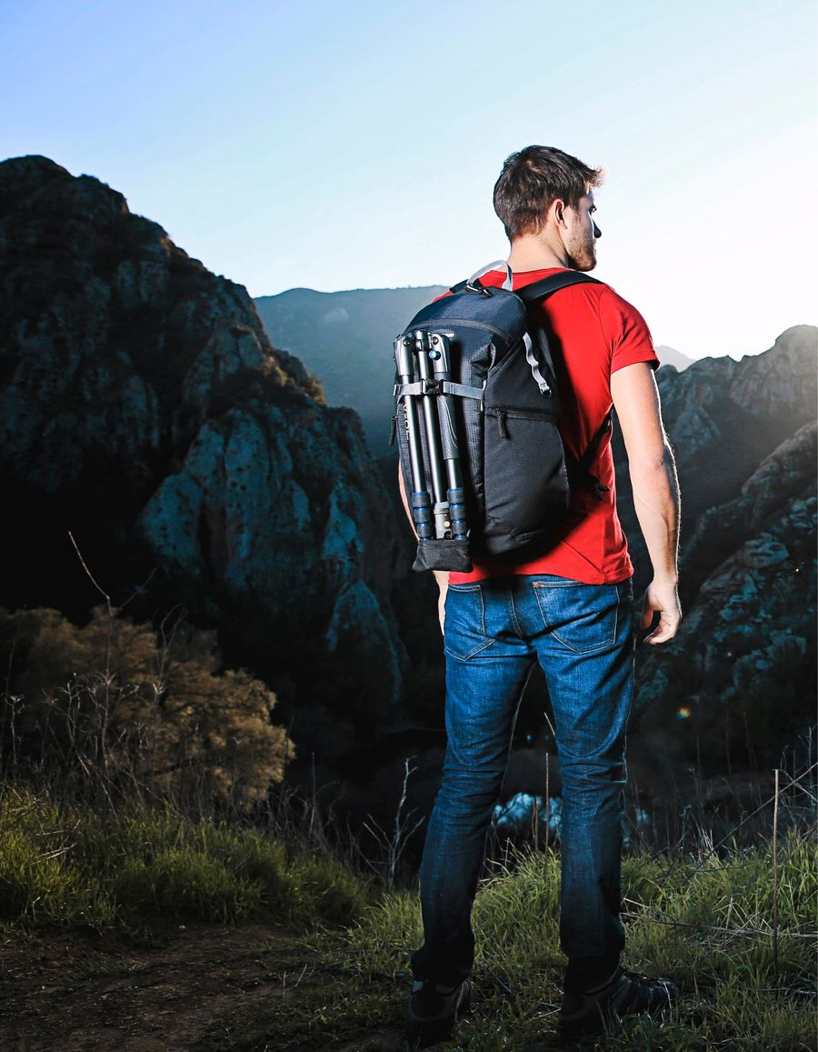 2017 Photo Video Dealer Catalog By Vanguard Usa The Heralder 33 Shoulder Bag